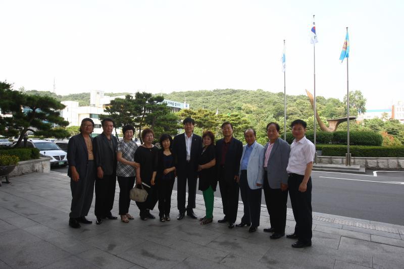 이필구의원 지역구주민 의회 방문