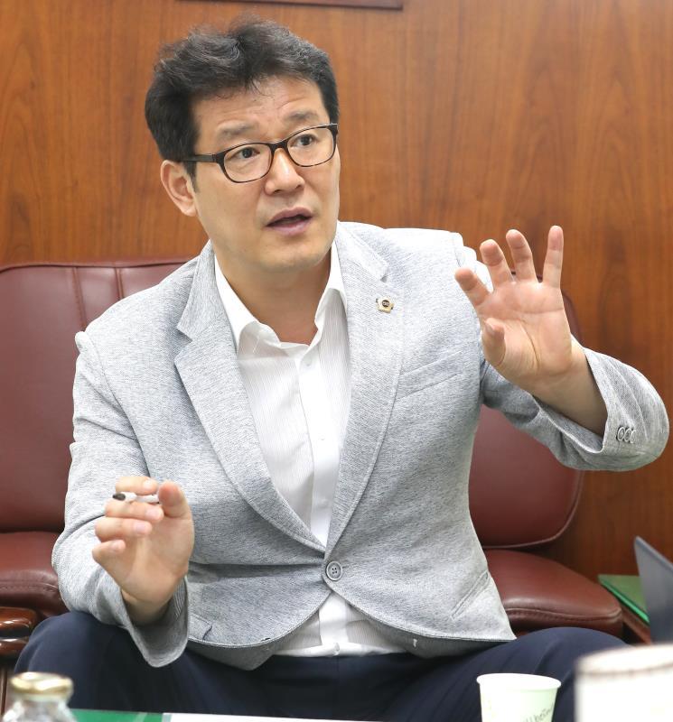 건설교통위원장 6개사 인터뷰