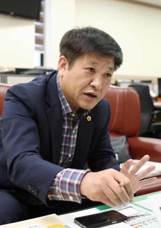 안전행정위원회 부위원장 인터뷰