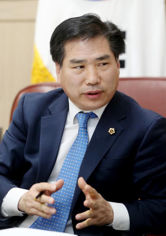 안전행정위원회 국중현 부위원장 인터뷰
