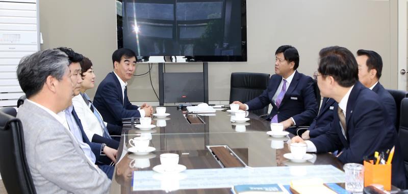 의장단 및 더불어민주당 대표의원 이재명 도지사 접견