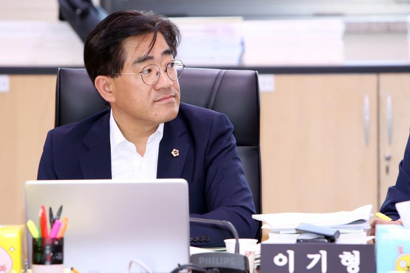 제335회 임시회 제1차 예산결산특별위원회