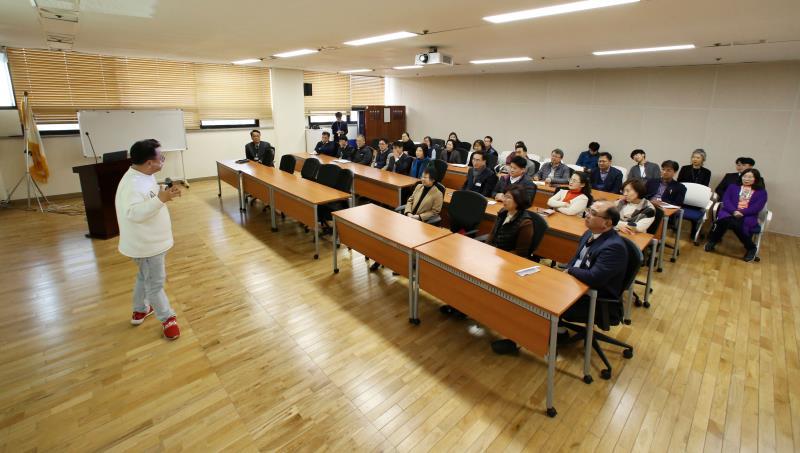 경기도의회 의원 자체교육 - '유머가 이긴다'