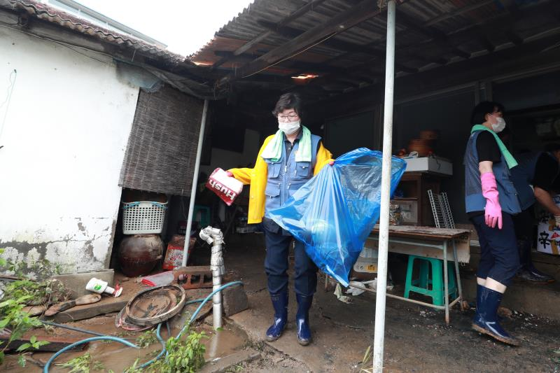 경기도의회 용인 수해지역 자원봉사