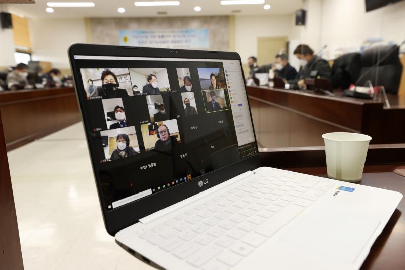 기획재정위원회 연구단체 연구용역 착수보고회 사진 9
