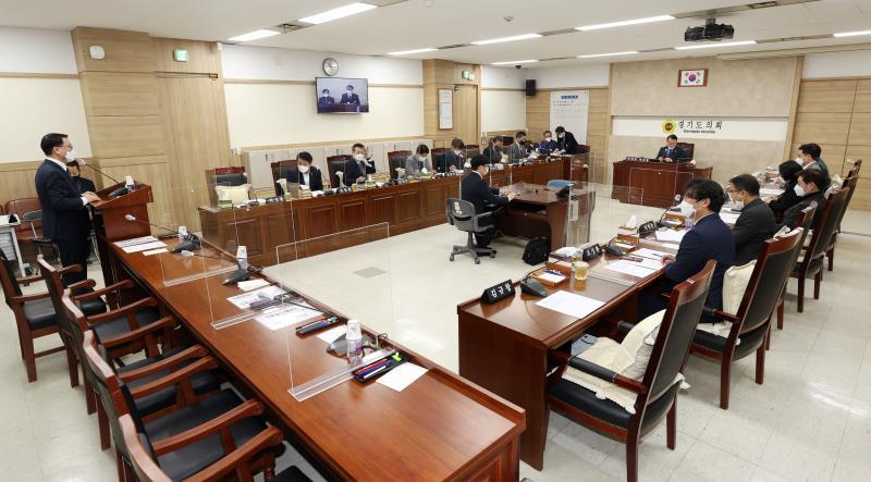 제349회 임시회 제1차 의회운영위원회 사진 1