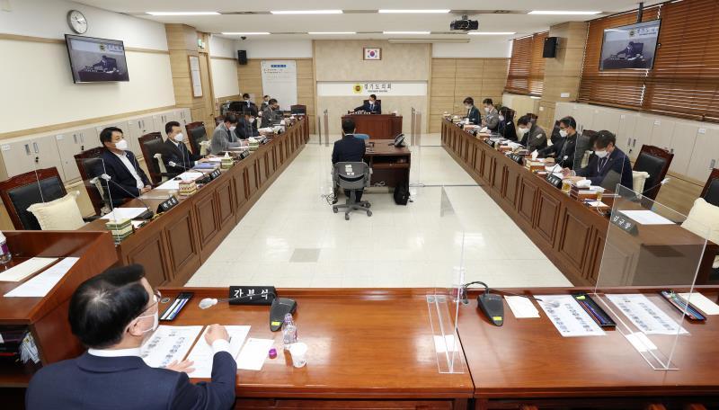제349회 임시회 제1차 의회운영위원회 사진 8