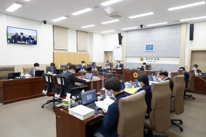 제351회 임시회 제1차 교육행정위원회